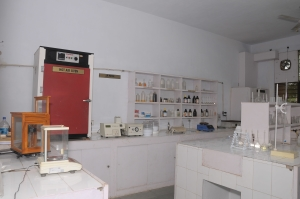 CHEMICAL LABORATORY VIEW